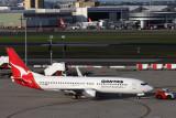 QANTAS BOEING 737 800 SYD RF IMG_1503.jpg