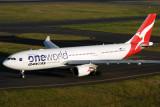 QANTAS AIRBUS A330 200 SYD RF IMG_1675.jpg