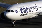 QANTAS AIRBUS A330 200 SYD RF IMG_2351.jpg