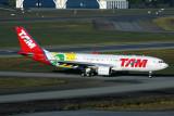 TAM AIRBUS A330 200 GRU RF IMG_4354.jpg