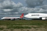 QANTAS AIRCRAFT EZE RF IMG_4476.jpg