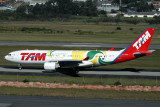 TAM AIRBUS A330 200 GRU RF IMG_4733.jpg