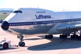 LUFTHANSA BOEING 747 200 MEL RF 176 30.jpg