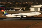 SOUTH AFRICAN AIRBUS A340 300 JNB RF IMG_5595.jpg