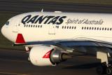 QANTAS AIRBUS A330 200 SYD RF IMG_1633.jpg