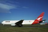 QANTAS BOEING 767 300 SYD RF 1573 3 2.jpg