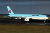KOREAN AIR BOEING 777 200 SYD RF IMG_7986.jpg