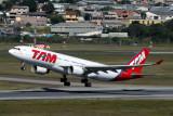 TAM AIRBUS A330 200 GRU RF IMG_4537.jpg