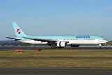 KOREAN AIR BOEING 777 300 SYD RF 1494 23.jpg