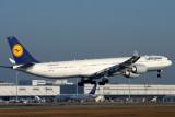 LUFTHANSA AIRBUS A340 600 KIX RF IMG_5466.jpg
