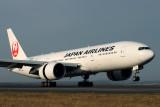 JAPAN AIRLINES BOEING 777 200 SYD RF IMG_6493.jpg