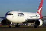 QANTAS BOEING 767 200 SYD 1574 21 RF.jpg