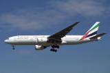 EMIRATES BOEING 777 200 LHR RF 1290 7.jpg