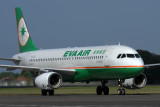 EVA AIR AIRBUS A320 DPS RF IMG_4482.jpg