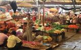Yangshuo village market