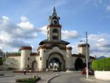 Gates of Loja - Puerta de la Ciudad