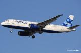 Airbus A320-232 N580JB - 580 (cn 2136) 041.jpg