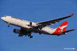 Airbus A330-203 VH-EBH (cn 892) 052.jpg