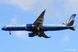 Boeing 757-222  032.jpg