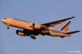 Boeing 777-228-ER F-GSPX (cn 32698-392)  093.jpg