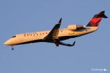 Canadair CL-600-2B19 Regional Jet CRJ-100ER N934CA (cn 7042)  090.jpg