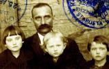 My DziaDzia, Alekzander Maleszyk & Daughters - 1929