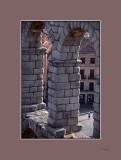 Alrededor del acueducto - Around the acueduct
