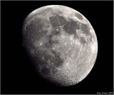 moon reduced 50% Nikon D90 live view