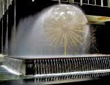 Spray fountain