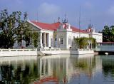 Excellent-and-Shining-Heavenly-Abode (Warophat Phiman) Mansion