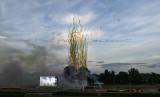 1 Les Couleurs du Val d Oise 2010 - Festival du feu d'artifice MK3_9447 WEB.jpg