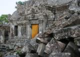 Heavily ruined main temple
