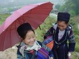 Two Hmong girls
