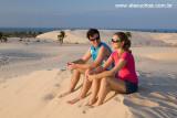 Casal na praia do Cumbuco, Caucaia, Ceara 8393.jpg
