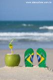 chinelo e coco praia 8889.jpg