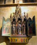 18 Triptych in Choir Ambulatory 87005365.jpg