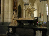 33 Mausoleum of Eustache de Croy 87001968.jpg