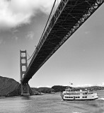 Golden Gate Bridge with Boat.jpg