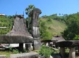 Tombs, Praigoli