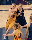 Queen's vs Windsor W-Basketball 11-26-10