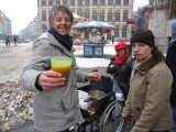 Soup to warm WiB Leuven during their vigil in the cold