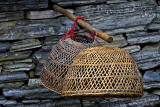 Baskets used for carrying chickens or ducks.
