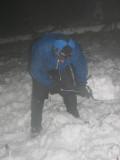 Prace obozowe - Pawe³ kopie dó³ pod namiot(IMG_7071.jpg)