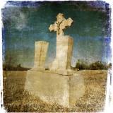 Nere Ludi's Grave in Color