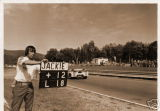 Stewart Lola Can-Am St Jovite 1971 - Photo 2 of 2
