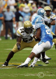 Jackets OL Sedric Griffin squares up to make the stop on Heels TB Shaun Draughn