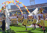 Yellow Jackets enter Bobby Dodd stadium
