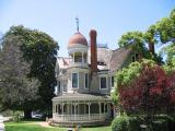 Victorian House 1st Avenue