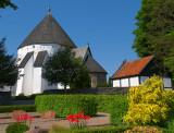 2008-05-11 Oesterlars round church