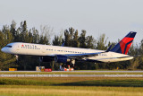 Delta Air Lines B757-232 N650DL landing, aviation airline air show stock photo #6382